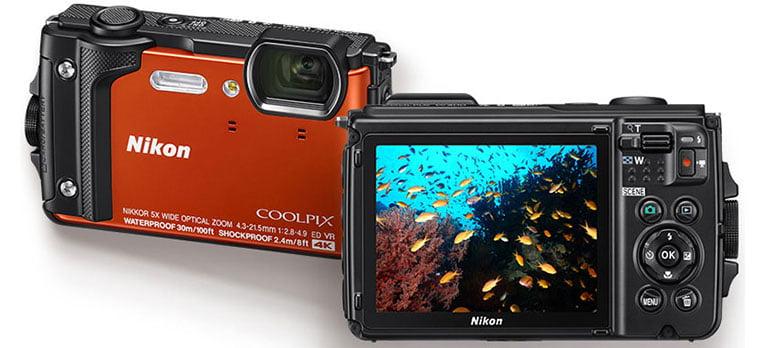 Aparat foto digital Nikon COOLPIX W300 Holiday Kit